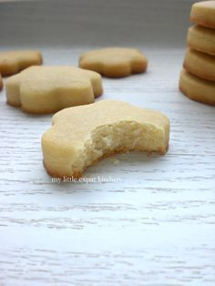 My Little Expat Kitchen (in Greek): Τρία Χρόνια Sweets Recipes, Cake Recipes, Cooking Recipes, Desserts, Kitchen In, Christmas Sugar Cookies, Cake Bars, Biscuit Cookies, My Best Recipe