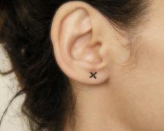 x studs, minimalist stud earrings, cross earrings, x earrings, minimalist earrings, modern earrings.