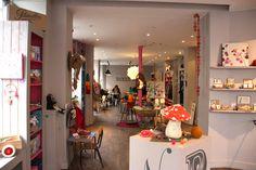 Le Petit Bazar - concept store for kids with integrated shop and café. Paris