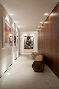 Ma maison est la plus belle: Decorar o corredor Home Interior, Modern Interior, Interior Architecture, Interior Decorating, Ceiling Decor, Ceiling Design, Flur Design, Hallway Designs, Interior Lighting