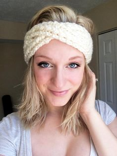 Shop for headband on Etsy, the place to express your creativity through the buying and selling of handmade and vintage goods. Handmade Shop, Etsy Handmade, Knitted Headband, Evie, Hand Knitting, Headbands, Chloe, Scarves, Ootd