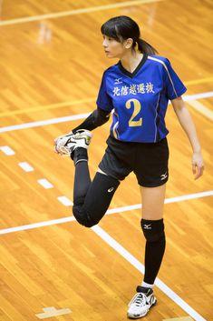 白岩蘭奈選手 Female Volleyball Players, Women Volleyball, Beach Volleyball, Athletic Girls, Figure Poses, Poses References, Sports Pictures, Sport Girl, Female Athletes