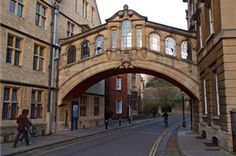 Google Image Result for http://cdn-www.trails.com/imagecache/articles/295x195/places-stay-oxford-england-295x195.png