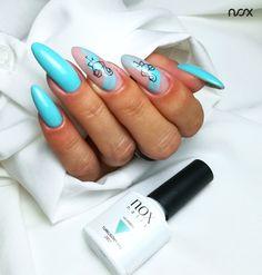 Turkusowy Raj to lakier hybrydowy jednoznacznie kojarzący się z rajskimi wakacjami, który świetnie dopełnia większość przewiewnych kreacji. Połącz go z naszym żelem budującym w kolorze Princeski aby uzyskać ponadczasowy mani! 🌊  #nails #nail #nailsart #nailart #nailsartist #nailartist #nails2inspire #nailsinspirations #bluenails #summernails #nailsdesign #mani #manicure #manicurehybrydowy #paznokcie #paznokciehybrydowe #paznokcieżelowe #turkusowepaznokcie #wakacyjnepaznokcie #hybrydy…