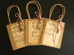 Christmas Gift Bags Kraft Paper with by RollingHillsVintage