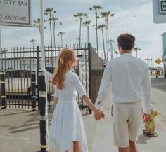 Ulzzang Couple, Ulzzang Girl, Matching Couples, Cute Couples, Parejas Goals Tumblr, Korean Couple, Character Poses, Pre Wedding Photoshoot, Couple Outfits