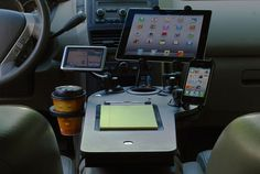 journidock-mobile-office-setup-in-pilot-rear-view