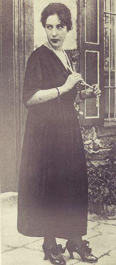 Celile Hanım Kimdir Ayşe Celile Hikmet Uğuraldım D 1880 Selanik