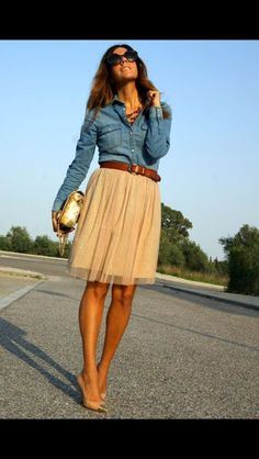 Chambray long sleeved button up. Softest chambray shirt I have ever found. Toile skirt in beige. Nude pumps. Fall Fashion. 2016