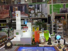 Descubre las diferentes formas de presentar nuestras macetas, mobiliario y deco&light NEWGARDEN en tiendas y exposiciones.