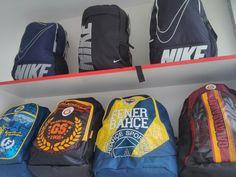 Nike okul çantaları