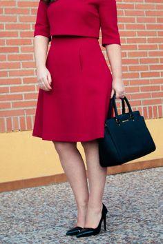 LOOK LADYLIKE IN RED #AdolfoDominguez #dress #red #selma #MichaelKors #bag #heels