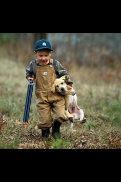 bless his little heart! i hope my future kids (and puppies) are this cute ; Mans Best Friend, Best Friends, Bestest Friend, Friends Forever, Tier Fotos, Cute Kids, Puppy Love, Make Me Smile, Fur Babies