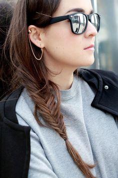Piercing en la oreja – imágenes, tipos y tendencias Style Scrapbook, H&m Trends, Zara Shoes, Fishtail, Dress Skirt, Piercings, Braids, Hoop Earrings, Style Inspiration