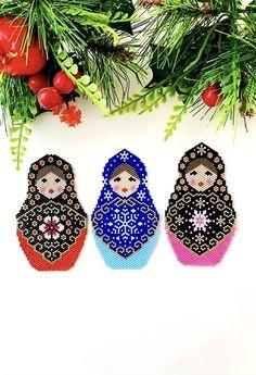 Russian nesting doll Matreshka brooch necklece PDF pattern for miyuki delika brick stitch peyote seed beads beading pattern #32