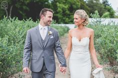 Outdoor Farm Weddings at DiMeo Farms are simply gorgeous with the best wedding venue location in New Jersey. Call: (609) 561-5905 for details and to schedule a walk-through tour of our rustic country wedding location in NJ.
