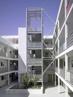 Winner Of Both The AIA Honor Award And The AIA National Housing Award In  2008,