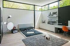 Explore Best Outstanding Low Height and Floor Bed Design Ideas at The Architecture Design. Visit for more images about Low height floor bed design ideas. Bedroom Workspace, Office Workspace, Interior Design Examples, Interior Design Inspiration, Design Ideas, Design Blogs, Bedroom Inspiration, Interior Ideas, Feng Shui Lit