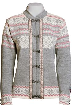 This Norwegian sweater cardigan has beautiful bands and pewter clasps. Designed with a beautiful diamond and snow pattern and a high collar for warmth. A real head turner. Wool Cardigan, Wool Sweaters, Norwegian Knitting, High Collar, Stylish Outfits, Sweaters For Women, Perler Beads, Pewter, Norway