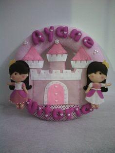 Feltradas    Guirlanda princesas e seu castelo.