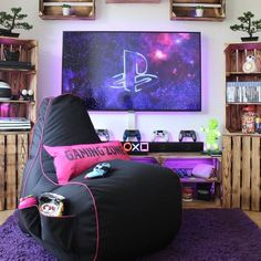 gamer room If you want to invest in your passion, without emptying your bank account, then this article won't fail to help you. Here are best gaming laptops under Geek Bedroom, Bedroom Setup, Bedroom Decor, Bedroom Ideas, Gaming Room Setup, Gaming Rooms, Otaku Room, Video Game Rooms, Video Games