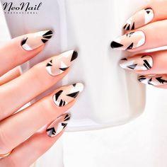 Geometryczne wzory / paznokcie hybrydowe / czarno-białe paznokcie / NeoNail
