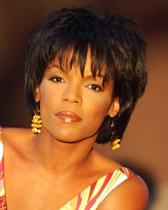 Nnenna Freelon - Beautiful woman with a beautiful voice