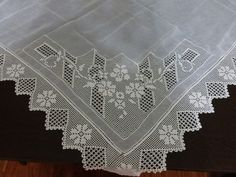 Filet Crochet, Crochet Lace, Crochet Tablecloth, Needlework, Diy And Crafts, Embroidery, Vintage, Tricot Crochet, Crochet Doilies