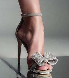high heels – High Heels Daily Heels, stilettos and women's Shoes Pretty Shoes, Beautiful Shoes, Beautiful Dresses, Hot Shoes, Shoes Heels, Strap Heels, Heeled Sandals, Ankle Strap, Stilettos
