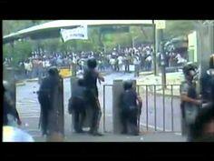 ▶ Represión y asesinatos de estudiantes en la UCV duranre la 4ta en Venezuela Antonio Ledezma - Historia