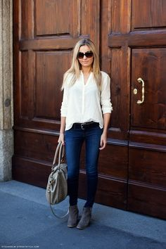 sometimes simple is best: dark denim, crisp white shirt, grey purse and oversized sunnies #outfit