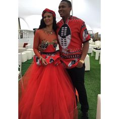 Soccer star Kagisho Dikgacoi gets hitched in secret traditional wedding with Carina Mckechnie- Sowetan LIVE//in swaziland!Carina Mckechnie//Date et lieu de naissance : Swaziland African Wedding Attire, African Attire, African Wear, African Women, African Weddings, Xhosa Attire, African Print Dresses, African Print Fashion, African Fashion Dresses