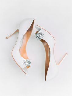 Badgley Mischka Peep Toe Pumps with Crystal Brooch | photography by http://www.pashabelman.com