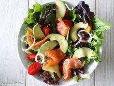Healthy Salad Recipes, Smoked Salmon, Caprese Salad, I Foods, Entrees, Healthy Life, Sushi, Adeline, Avocado