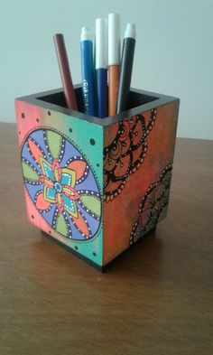 Dot Painting Tools, Rock Box, Pointillism, New Crafts, Box Frames, Traditional Art, Coasters, Projects To Try, Dots