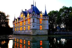 Nightview of Château d'Azay-le-Rideau (Castle of Azay-le-Rideau) in Loire Valley, central of France by natureloving, via Flickr