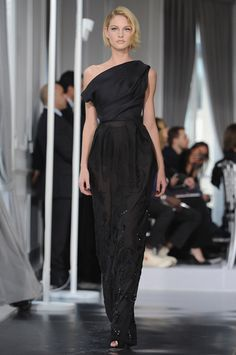 Doir Spring Haute Couture 2012 Paris Fashion Week Egyptian Long wrapped garment with girdling