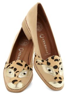 Fierce leopard loafers! http://rstyle.me/n/egksvnyg6