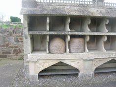Image from http://www.gbka.org.uk/wp-content/uploads/2012/11/bee-bolss600x600.jpg.