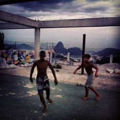 Football in the Favela 6