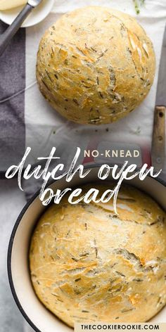 This no knead Dutch Oven Bread recipe is such a simple way to make homemade bread. No Knead Dutch Oven Bread Recipe, Dutch Oven Cooking, No Knead Bread, Bread In Dutch Oven, Best Dutch Oven, Bread Oven, Dutch Ovens, Artisan Bread Recipes, Easy Bread Recipes