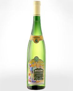 I discovered about 15 more vinho verde labels this summer, I have 6 bottles I managed not to drink in my luggage right now.  There is just something fantastic about wine from it's source.  Anyone up for a Vino Viernes next summer on the patio of the Quinta?