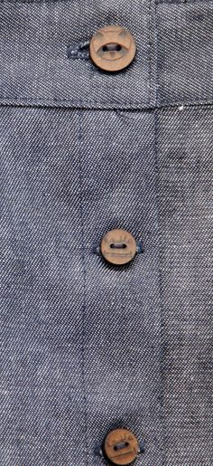 jean+ botones de madera Rambla Responsable  Denim + wood button Slow fashion clothes Wes Anderson inspired
