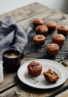 How to Bake Muffins Vegan Muffins, Baking Muffins, Healthy Muffins, Muffins Sains, Greek Yogurt Muffins, Clean Eating Breakfast, Muffin Recipes, Vegetable Recipes, Sweet Recipes