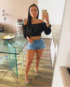 Cute Summer Outfits, Cute Casual Outfits, Short Outfits, Sexy Outfits, Fashion Outfits, Look Legging, Feminine Style, Denim Fashion, Casual Looks