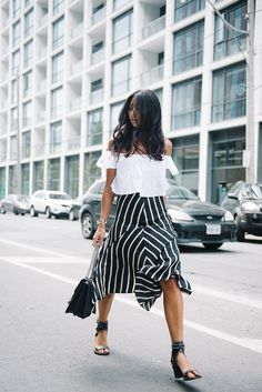 We've gathered our favorite ideas for 20 Trendy Spring Outfits With Off The Shoulder Tops, Explore our list of popular images of 20 Trendy Spring Outfits With Off The Shoulder Tops. Fashion Weeks, Daily Fashion, Love Fashion, Womens Fashion, Fashion Styles, Fashion Trends, Style Outfits, Cute Outfits, Looks Style