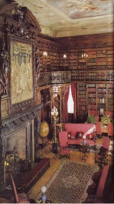 Biltmore Library is located in Ashville, North Carolina. We toured this beautiful mansion. In the summer the rooms are filled with fresh flowers. Unknown source. *-*.