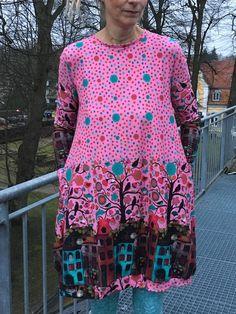 Froeken Frida Kleid peaceful von FroekenFrida auf Etsy