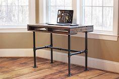 Pallet desk example (No instructions)