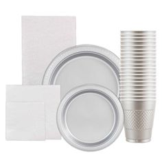 Amazon.com: JAM Paper® Gold Party Supply Assortment Pack - Plates (2 Sizes), Napkins (2 Sizes) , Cups & Tablecloth - 6 Packs Total: Toys & Games